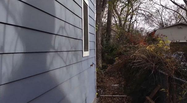 Κρυφή πόρτα εισόδου σπιτιού που δεν παραβιάζεται με τίποτα