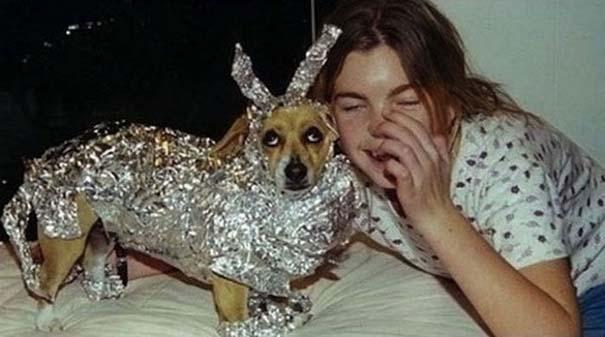 Οι 45 πιο περίεργες φωτογραφίες ανθρώπων που ποζάρουν με ζώα (22)