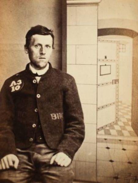 Οι πρώτες φωτογραφίες συλληφθέντων (9)