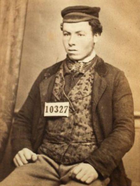 Οι πρώτες φωτογραφίες συλληφθέντων (14)