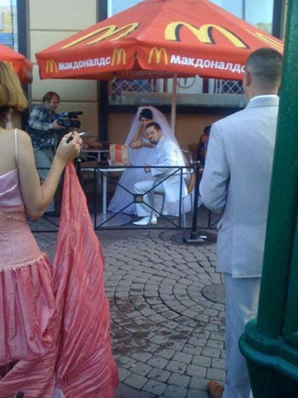 Ο ρομαντισμός στη σύγχρονη εποχή... (9)