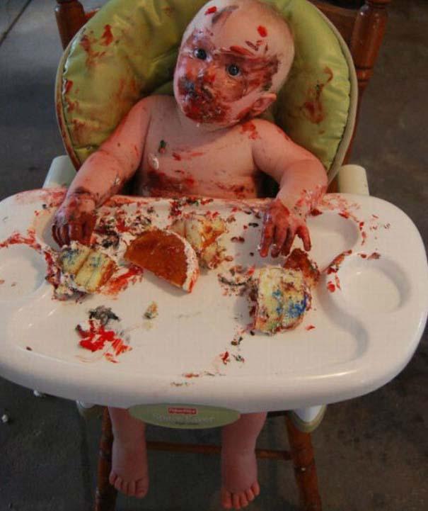 Η πρώτη τούρτα γενεθλίων ενός μπόμπιρα (6)