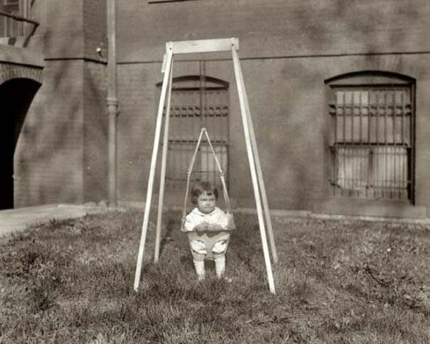 Ανεξήγητες ασπρόμαυρες φωτογραφίες (8)