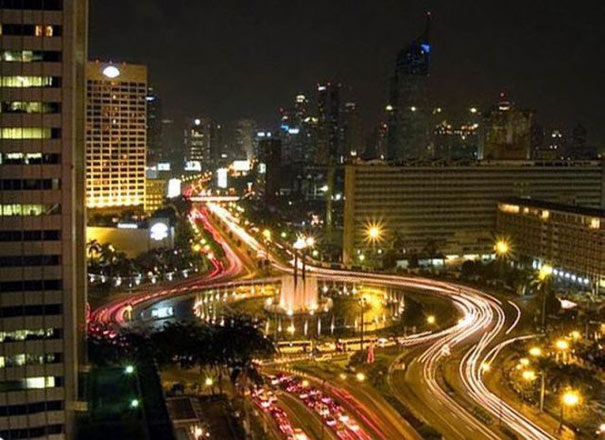 Γνωστές πόλεις: Παρελθόν vs Σήμερα (29)