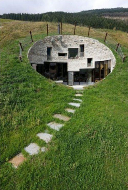 Μοναδικά και παράξενα σπίτια απ' όλο τον κόσμο (24)
