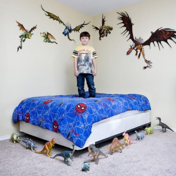 Παιδιά από 26 χώρες φωτογραφίζονται με τα αγαπημένα τους παιχνίδια (1)