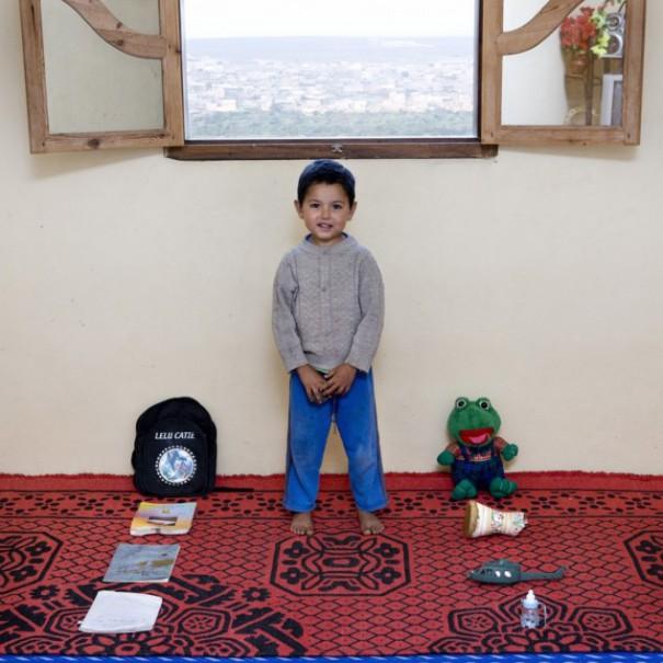 Παιδιά από 26 χώρες φωτογραφίζονται με τα αγαπημένα τους παιχνίδια (19)