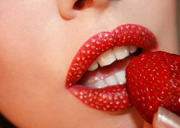 Παράξενα και δημιουργικά σχέδια σε χείλη (18)