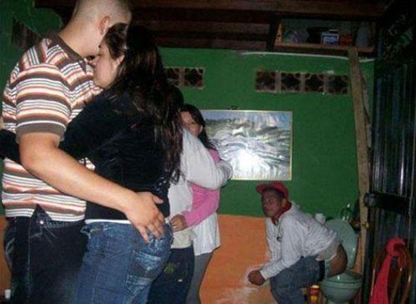 Πάρτι για... κλάματα (12)