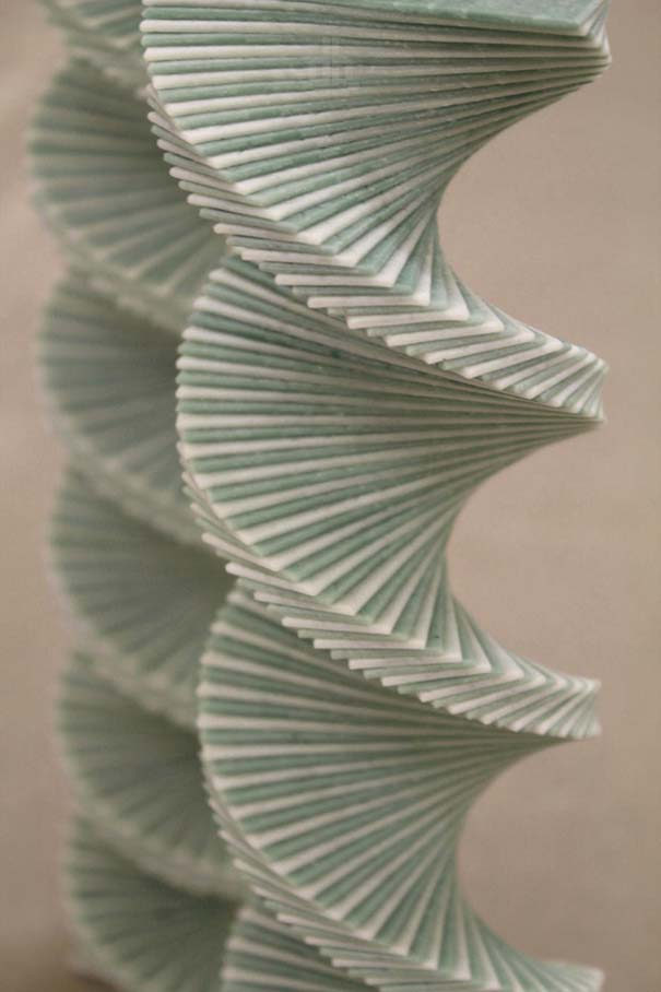 Περίτεχνες 3D κατασκευές από τσίχλες (9)