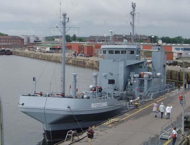 Το πλοίο που χωρίζεται στα δύο (3)