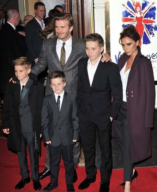 Αυτό το αγόρι έχει πολύ διάσημους γονείς... (6)