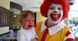 Η διάσημη μασκότ των McDonald's στην πρώτη της μορφή