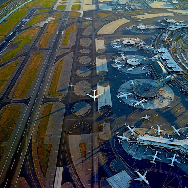 Εντυπωσιακές φωτογραφίες αεροδρομίων από ψηλά (1)