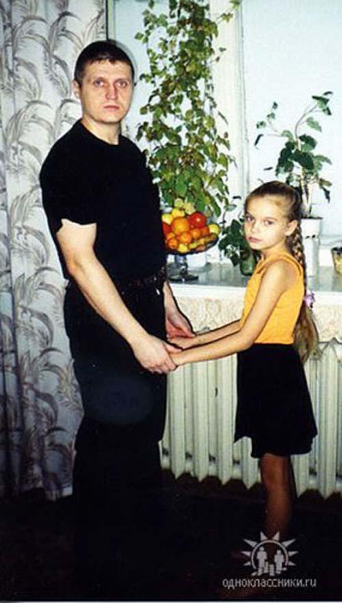 Η εξέλιξη πατέρα και κόρης μέσα σε 2 δεκαετίες (7)