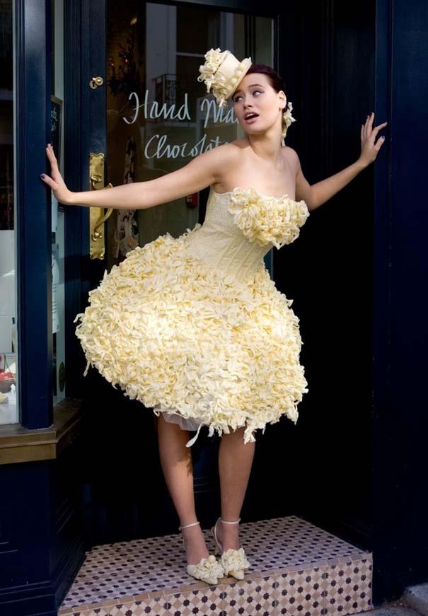 Τα πιο εξωφρενικά νυφικά φορέματα (2)