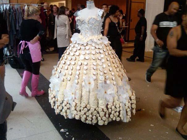 Τα πιο εξωφρενικά νυφικά φορέματα (3)