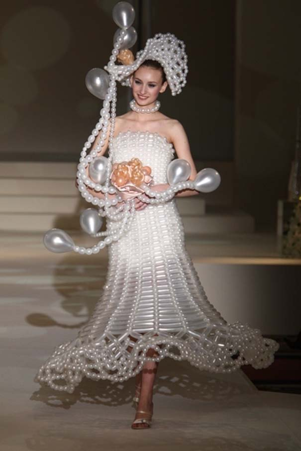 Τα πιο εξωφρενικά νυφικά φορέματα (6)
