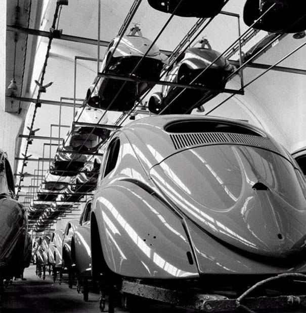 Φωτογραφίες του 1953 από ένα εργοστάσιο της Volkswagen (4)