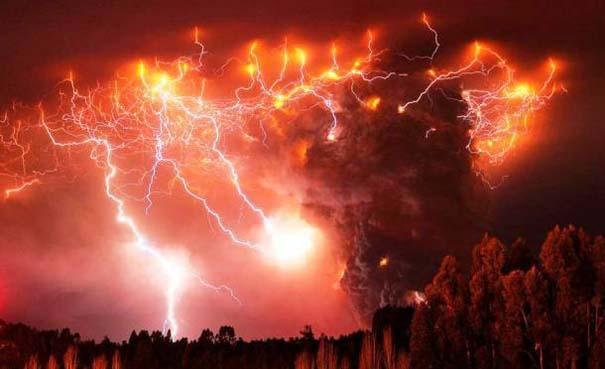 Φωτογραφίες από εκρήξεις ηφαιστείων που προκαλούν δέος (8)