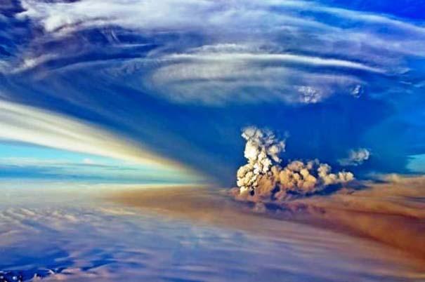 Φωτογραφίες από εκρήξεις ηφαιστείων που προκαλούν δέος (10)
