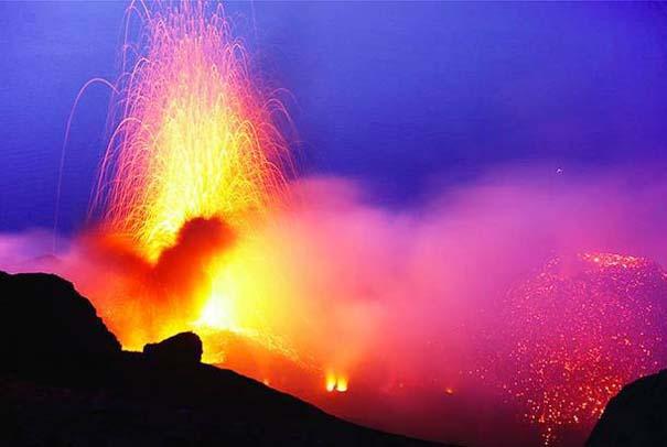 Φωτογραφίες από εκρήξεις ηφαιστείων που προκαλούν δέος (24)