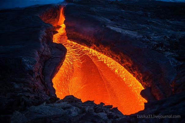 Φωτογραφίες από την καρδιά ενός ηφαιστείου που εκρήγνυται (3)
