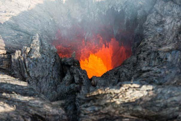 Φωτογραφίες από την καρδιά ενός ηφαιστείου που εκρήγνυται (9)