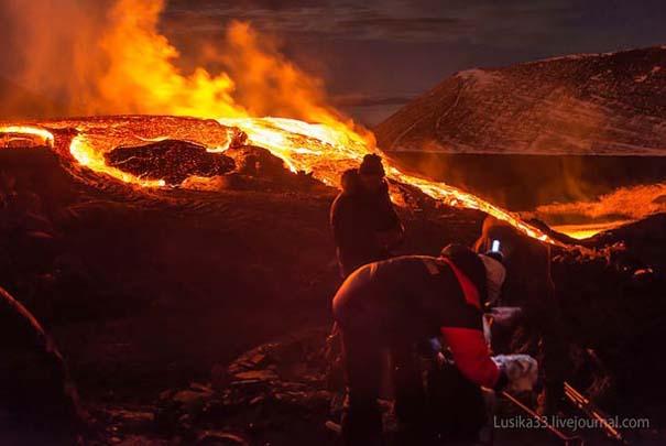 Φωτογραφίες από την καρδιά ενός ηφαιστείου που εκρήγνυται (16)