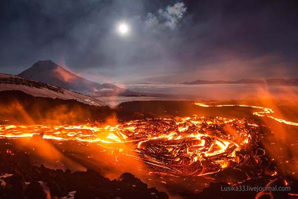 Φωτογραφίες από την καρδιά ενός ηφαιστείου που εκρήγνυται (18)