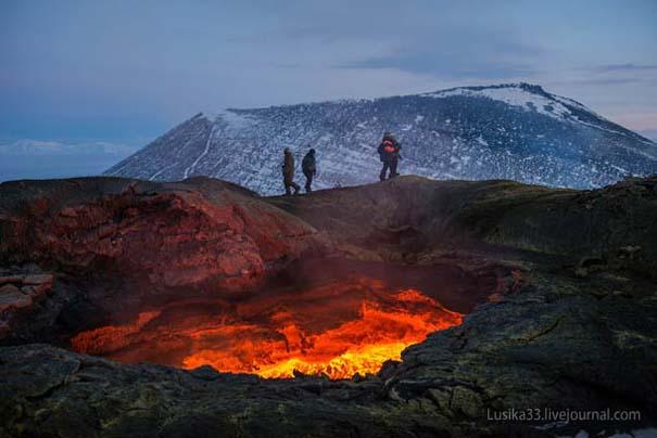 Φωτογραφίες από την καρδιά ενός ηφαιστείου που εκρήγνυται (22)