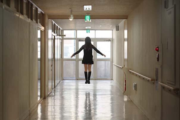 Η κοπέλα που αιωρείται (6)