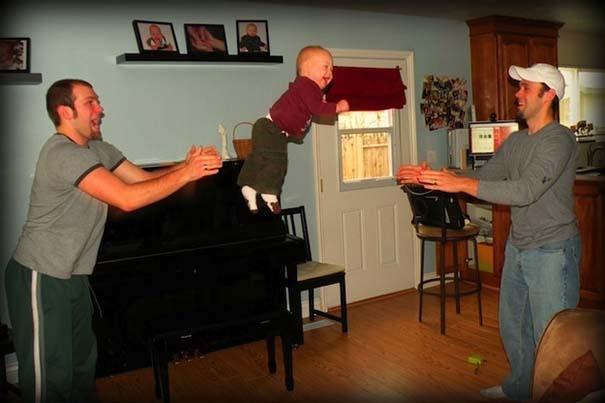 Μωρά που ανακάλυψαν την μαγεία της πτήσης (4)