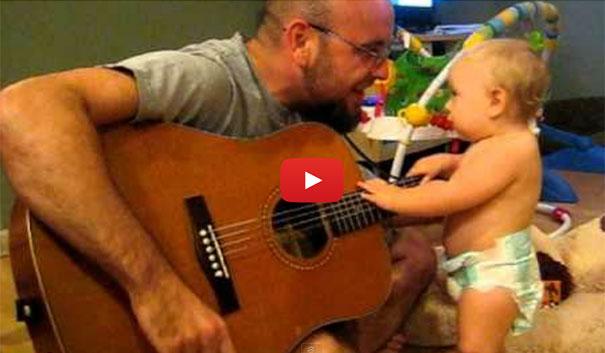 Μωρό ροκάρει με Bon Jovi