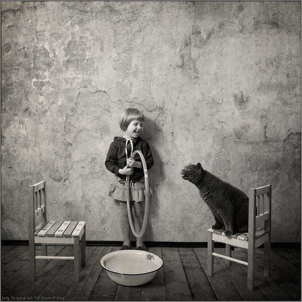 Η όμορφη φιλία ενός κοριτσιού και της γάτας της (3)