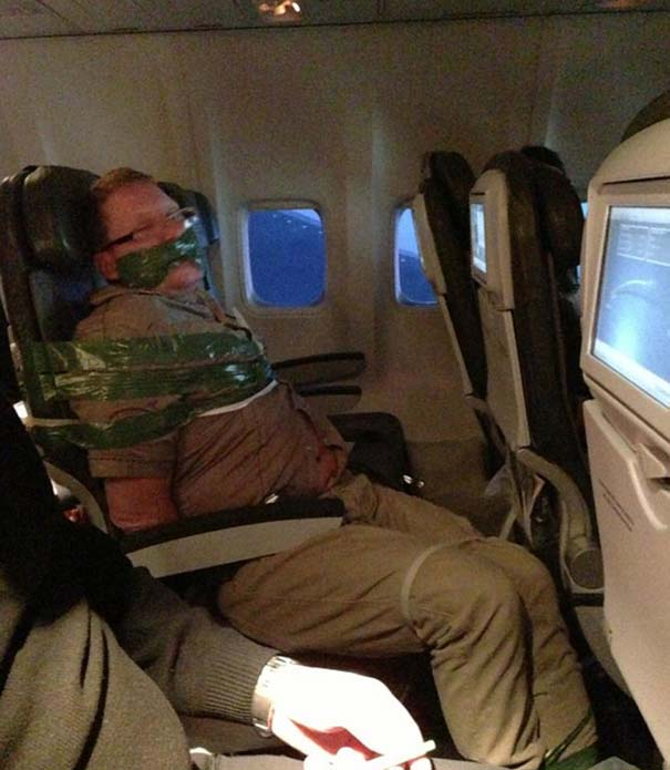 Αστεία & παράξενα περιστατικά στο αεροπλάνο (5)