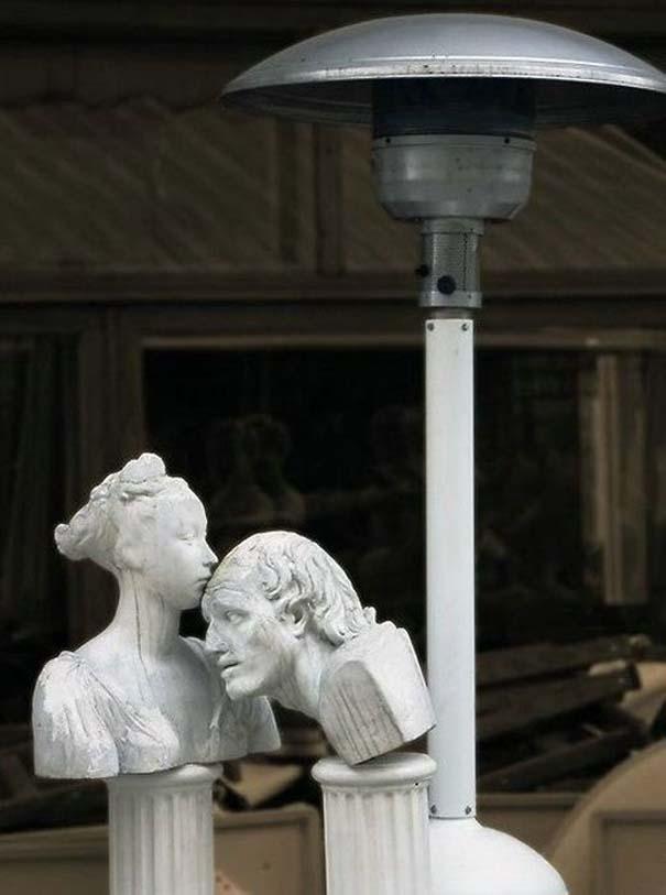 Παράξενα γλυπτά & αγάλματα (13)