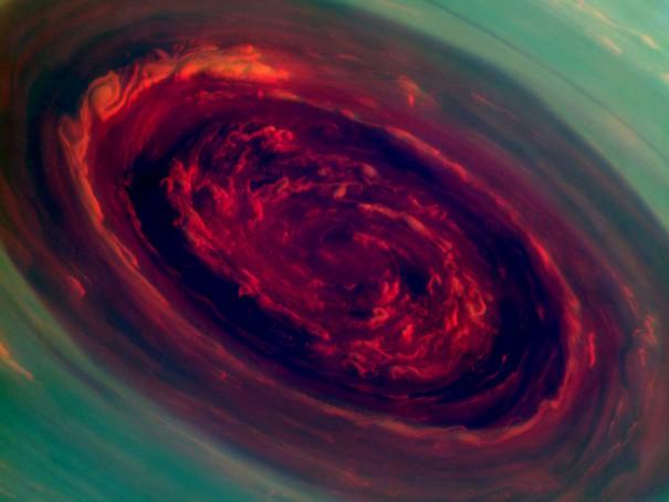 Γιγάντιος κυκλώνας στον Κρόνο προκαλεί δέος   Φωτογραφία της ημέρας