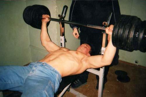 Denis Tsyplenkov: Ένας πραγματικός Hulk (11)
