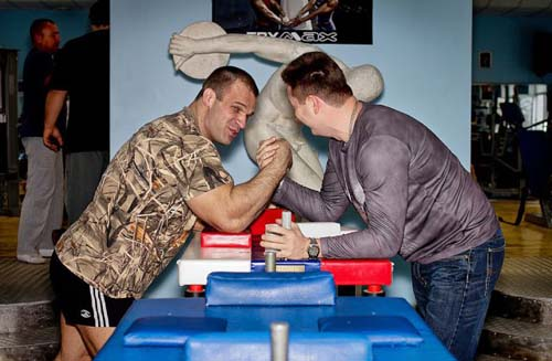 Denis Tsyplenkov: Ένας πραγματικός Hulk (18)