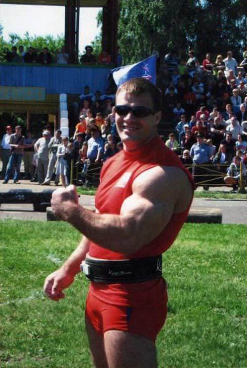 Denis Tsyplenkov: Ένας πραγματικός Hulk (19)