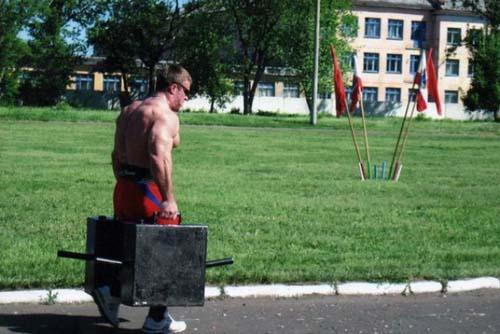 Denis Tsyplenkov: Ένας πραγματικός Hulk (20)