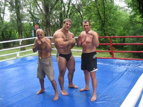 Denis Tsyplenkov: Ένας πραγματικός Hulk (25)