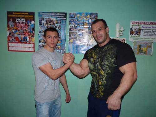 Denis Tsyplenkov: Ένας πραγματικός Hulk (33)