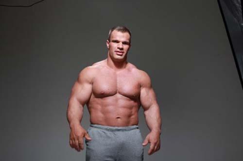 Denis Tsyplenkov: Ένας πραγματικός Hulk (34)
