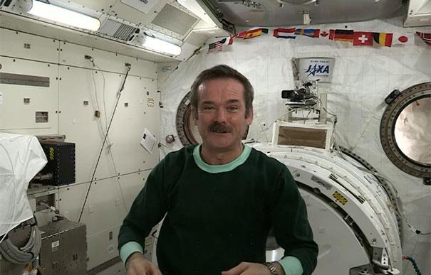 Πως κοιμούνται οι αστροναύτες στο διάστημα