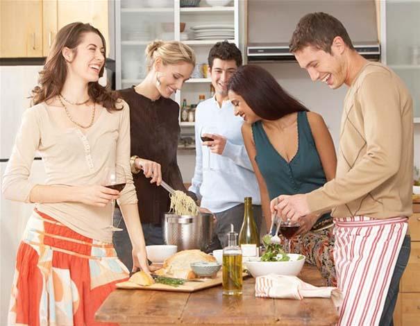 10 σημάδια που δείχνουν πως η σχέση σας σοβαρεύει (10)
