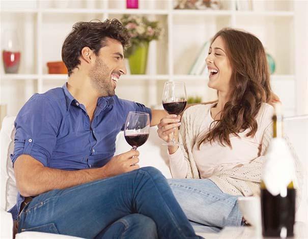 10 σημάδια που δείχνουν πως η σχέση σας σοβαρεύει (11)