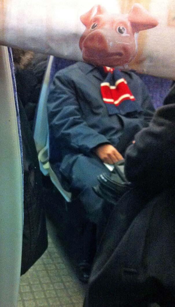 Δείτε τι σκαρφίστηκε επιβάτης που βαριόταν στα μέσα μεταφοράς (14)