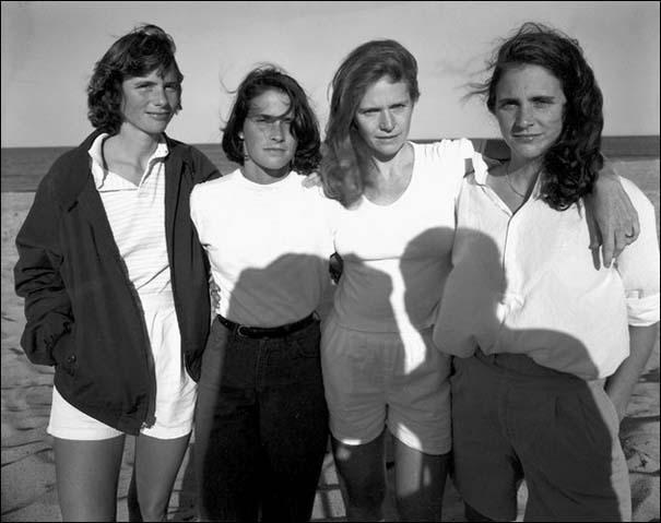 4 αδερφές φωτογραφίζονται μαζί κάθε χρόνο από το 1975 (10)